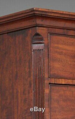 18th Century mahogany chest on chest / tallboy