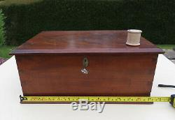 Antique/Vintage Mahogany Wooden Table Top Box / Chest with Hobbs & Co Key & Lock