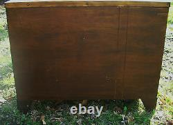 Baker Chippendale Hepplewhite Style Bowfront Mahogany Antique Dresser Chest