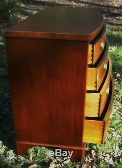 Baker Georgian Federal Chippendale Style Bowfront Mahogany Antique Chest Dresser