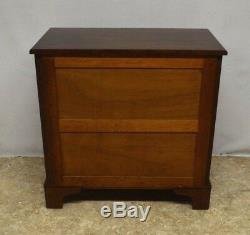 Biggs (Kittinger) Solid Mahogany Chippendale Style Chest of Drawers w. Key