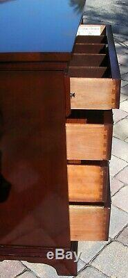 CRAFTIQUE 4 Drawer Solid Mahogany Chippendale Bachelor's Chest With Pull Out Tray