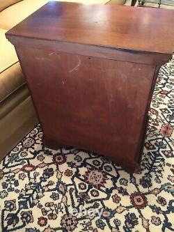 Craftique Mahogany Nightstand or Bedside Chest