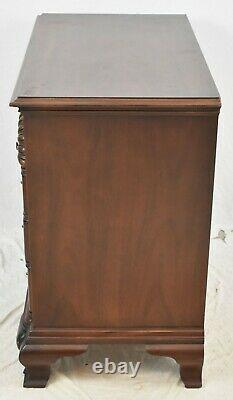 Hickory Chair Goddard Style Block Front Mahogany Chest Shell Carvings