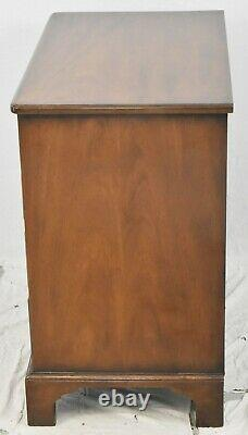 Kittinger Williamsburg Mahogany Bachelor's Chest Chest of Drawers CW 68