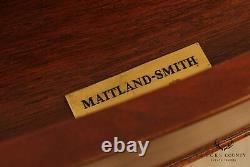 Maitland Smith Hepplewhite Style Banded Mahogany Bowfront Chest of Drawers