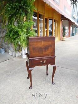 Outstanding Queen Anne Mahogany Silver Chest crafted by Henkel Harris 20thc