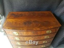 VINTAGE Councill Craftsman Banded Mahogany Hepplewhite BOW FRONT CHEST Ex. Cond