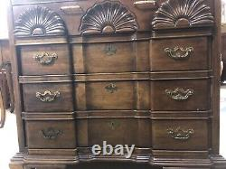 Vintage Thomasville Mahogany Chest of Drawers, Shell Carved, After John Townsend